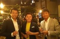 尾田大介さんと当社社員ともう一枚。