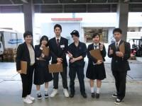 みんなで集合写真。真ん中には沖縄県出身の先輩、渡嘉敷くん!