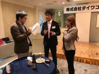 琉球新報の記者の方に取材を受け、翌日の記事にも掲載されました。写真をクリック☆